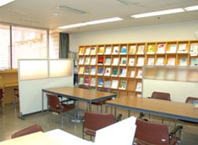 医局(図書室)